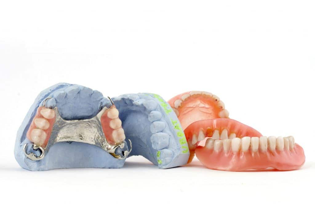 dentures_partials