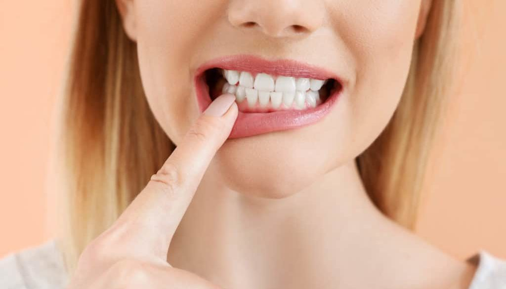 protect-yourself-from-tooth-sensitivity-by-keeping-enamel-healthy